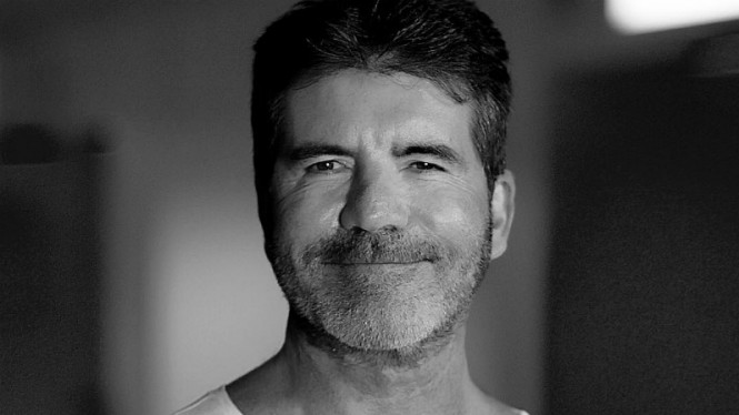 Warganet ketakutan melihat perubahan wajah Simon Cowell.