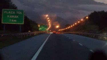 Jalan Tol Karak di Malaysia