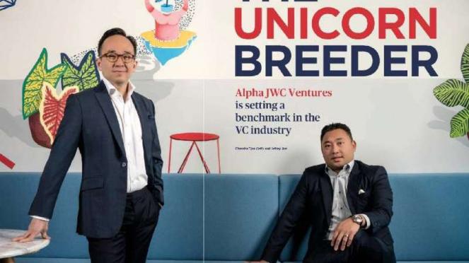 Pendiri Alpha JWC Ventures, Chandra Tjan (kiri berdiri) dan Jefrey Joe.
