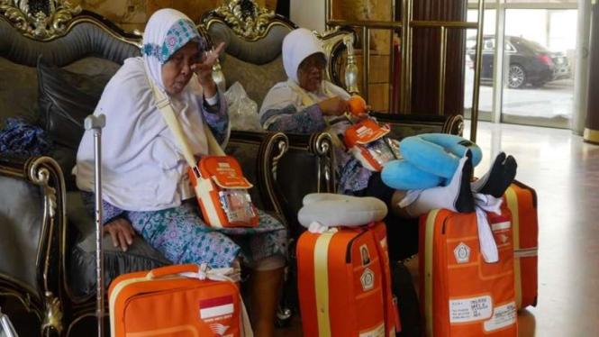 Jemaah haji Kloter 9 Solo diistirahatkan di hotel transit