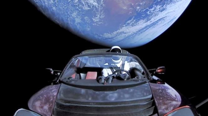 Mobil Elon Musk