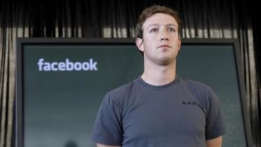 https://thumb.viva.co.id/media/frontend/thumbs3/2019/08/21/5d5d52a8801d9-intip-kehidupan-bos-facebook-kelihatannya-sederhana-nyatanya-mewah-juga_375_211.jpg