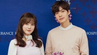 Setelah menikah selama 3 tahun, Goo Hye Sun dan Ahn Jae Hyun memutuskan untuk bercerai.