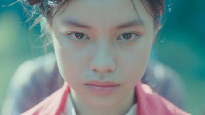 Film The Third Wife ditarik dari bioskop gara-gara menampilkan adegan seks aktris berusia 13 tahun.