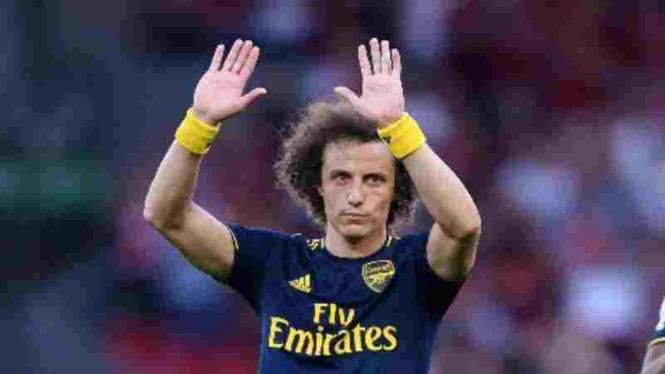 Bek Arsenal, David Luiz.