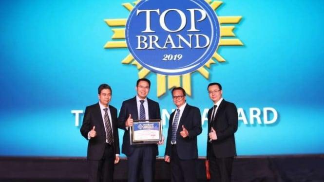 Astrido raih penghargaan sebagai dealer mobil terbaik