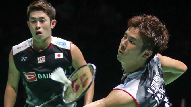 Takuro Hoki dan Yugo Kobayashi, pasangan ganda putra Jepang.