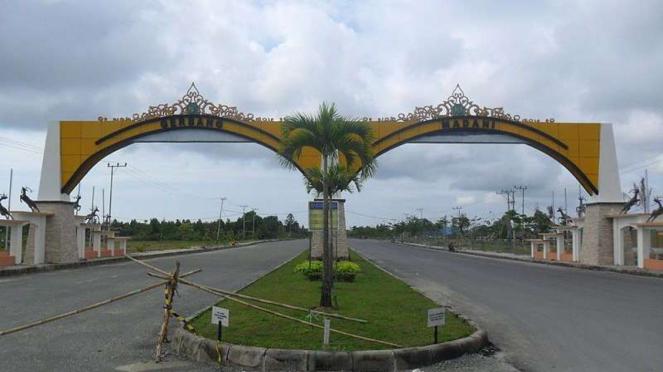 Gerbang Madani di Kabupaten Penajam Paser Utara, Kalimantan Timur. Sebagian kabupaten ini akan jadi lokasi ibu kota baru RI.