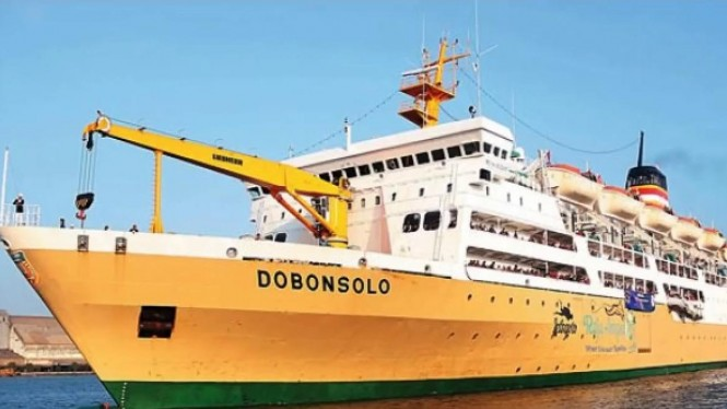 Kapal laut penumpang Dobonsolo milik PT Pelni (sumber: seputarkapal.com)