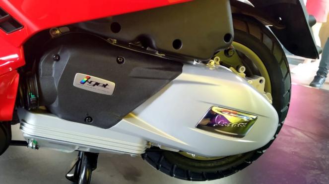 New Vespa LX 125 i-get