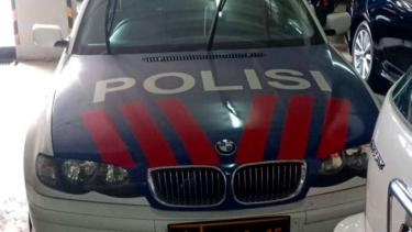 BMW 325i milik Korlantas Polri