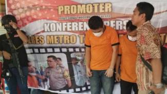 Dua orang artis stand up comedy ditangkap karena penyalahgunaan narkoba.