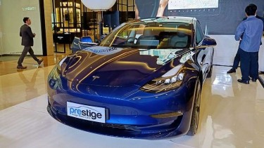 Mobil Tesla Model 3 Meluncur Di Indonesia Harganya Bikin Kepo