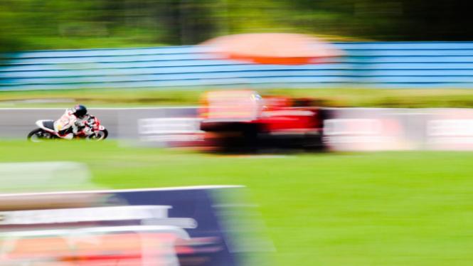 Tampil Konsisten, Reynaldi Juarai Race 1 Kelas Expert