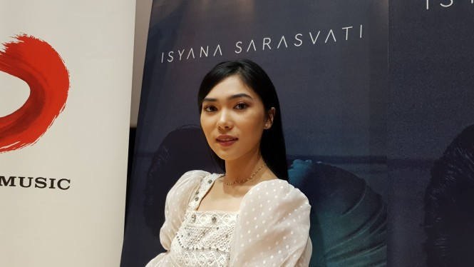 Isyana Sarasvati.