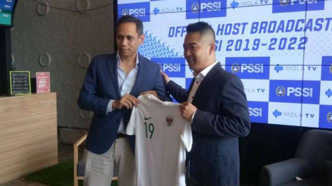 Konferensi pers PSSI dan Mola TV.