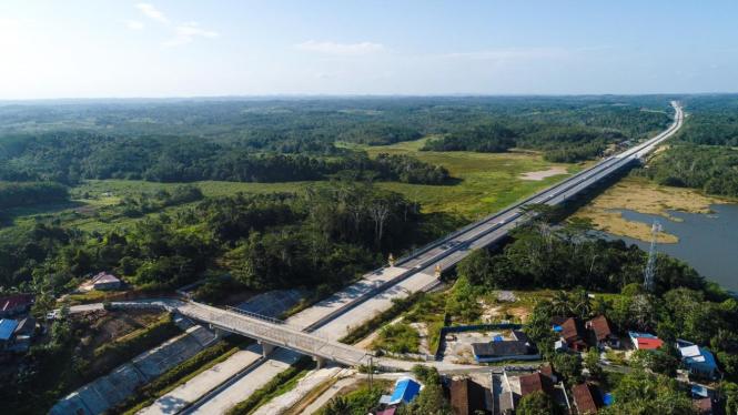 Jalan tol di Kalimantan Timur