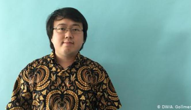 https://thumb.viva.co.id/media/frontend/thumbs3/2019/09/08/5d752e1bd5378-pakar-informatika-indonesia-yang-mendirikan-startup-di-berlin_663_382.jpg