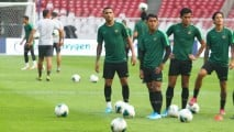 https://thumb.viva.co.id/media/frontend/thumbs3/2019/09/09/5d761fe4b59c3-timnas-indonesia-latihan-jelang-lawan-thailand_213_120.jpg