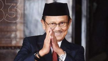 BJ Habibie. Presiden ke-3 Republik Indonesia.