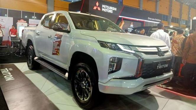 Mitsubishi Triton baru ikut mejeng di pameran otomotif GIIAS Makassar 2019