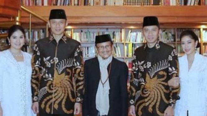 BJ Habibie bersama anak-mantu SBY
