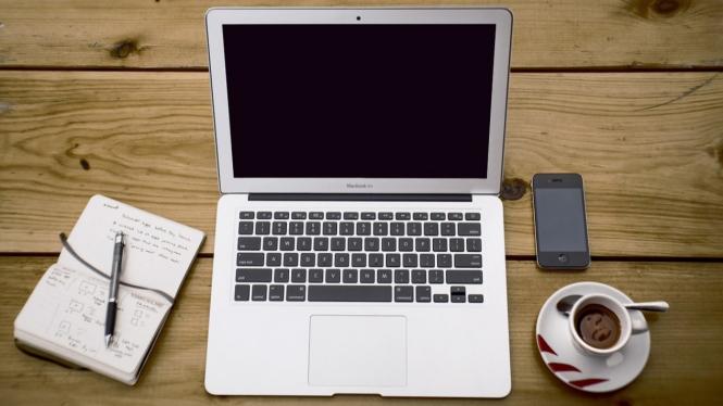 7 Tips Sebelum Membeli Laptop Bekas Secara Online