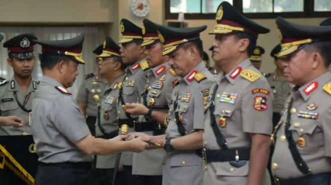 Kapolri Jenderal Polisi Tito Karnavian memimpin sertijab sejumlah pejabat Polri