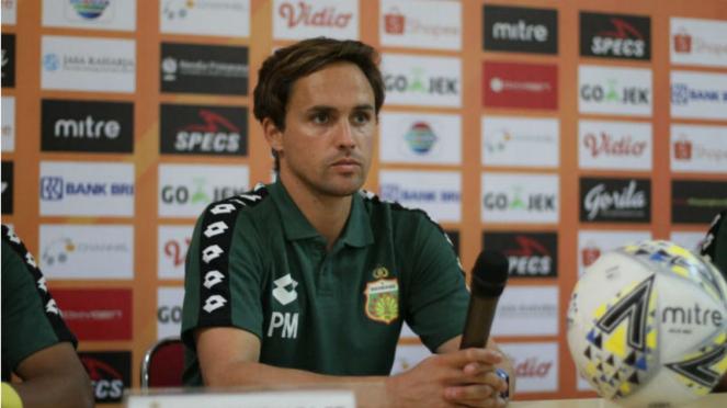 Pelatih Bhayangkara FC, Paul Munster