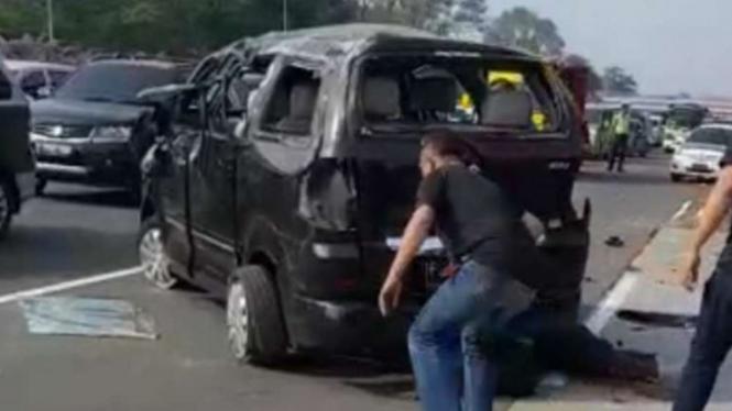 Kecelakaan maut di Tol Jagorawi pada Minggu pagi, 15 September 2019.