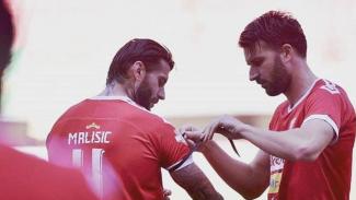 Bek Badak Lampung FC, Bojan Malisic dan Antony Golec.