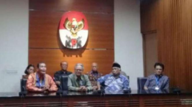 Konferensi pers eks pimpinan KPK di Jakarta, Senin, 16 September 2019