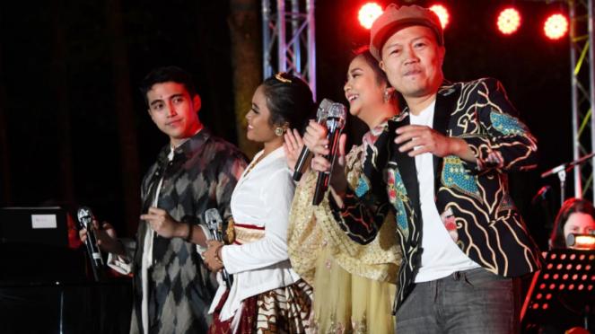 Para musisi Indonesia di konser Erwin Gutawa di Jerman.