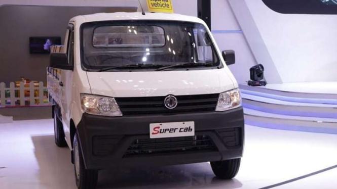 PT Sokonindo Automobile akan melakukan ekspor mobil pikap DFSK SuperCab