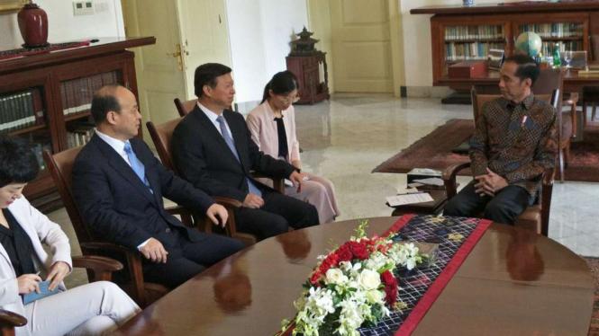 Presiden Jokowi dan Song Tao di Istana Bogor, Jawa Barat.