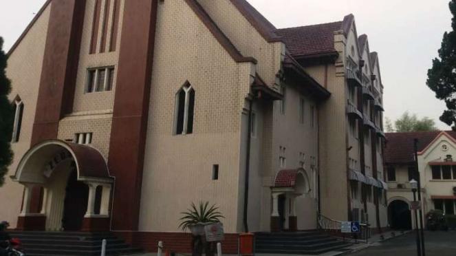 Gereja GPIB Zebaoth Bogor. Letaknya tak jauh dari Istana Bogor