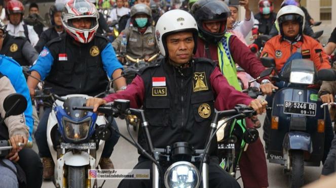 Ustaz Abdul Somad bersama para bikers