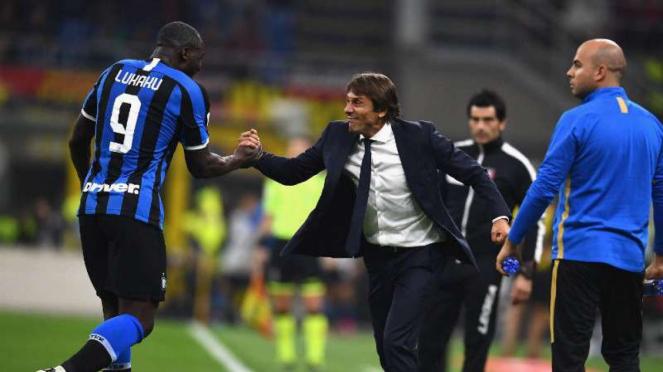 Pemain Inter Milan Romelu Lukaku dan Pelatih Antonio Conte.