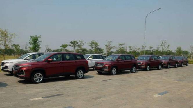 Wuling Motors mengekspor mobil Almaz dengan merek Chevrolet Captiva