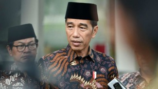 https://thumb.viva.co.id/media/frontend/thumbs3/2019/09/27/5d8dd179def7e-presiden-joko-widodo_325_183.jpg