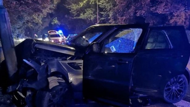 Mobil pemain Derby County mengalami kecelakaan