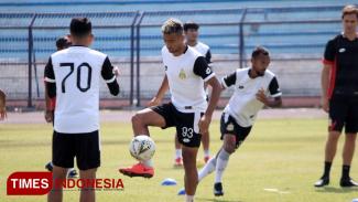 Bhayangkara FC melakukan persiapan terahir di Stadion Surajaya Lamongan, Jum