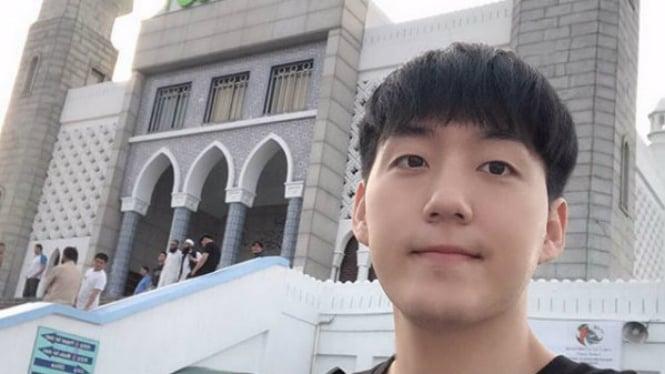 Vlogger Jay Kim