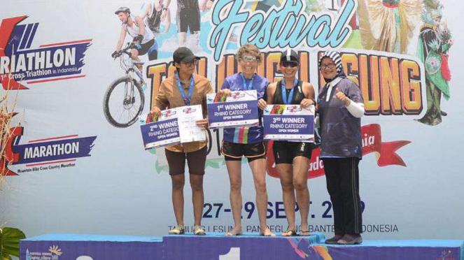Podium juara Rhino X Triathlon.