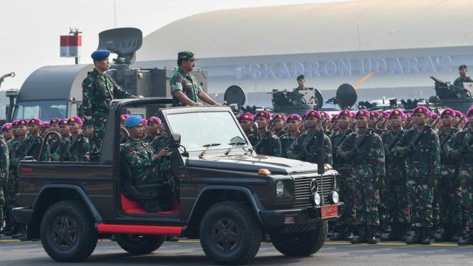 Apel kesiapan pasukan TNI.