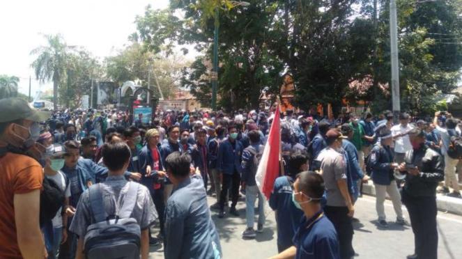 Demonstrasi mahasiswa di Kota Mataram.