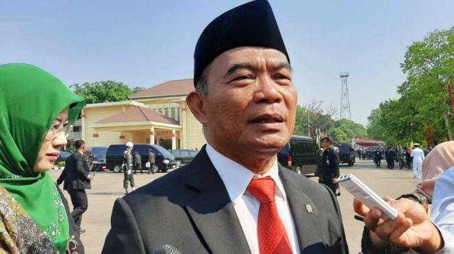 Menko PMK Muhadjir Effendy usai upacara peringatan Hari Kesaktian Pancasila, di kawasan Lubang Buaya, Jakarta Timur, Selasa, 1 Oktober 2019.