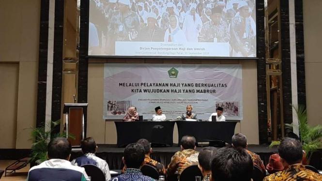 Rapat evaluasi operasional penyelenggaraan haji 2019 di Bandung Jawa Barat