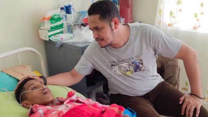 Pemain Timnas Indonesia U-16, Alfin Lestaluhu, menjadi korban gempa Ambon