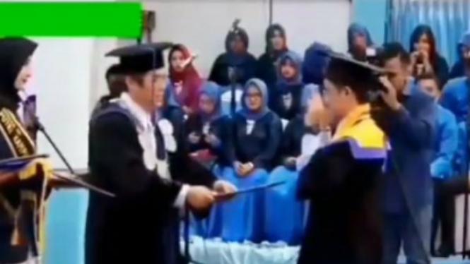 Viral, Mahasiswa Joget Ala